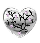 Corazón ramas y piedras